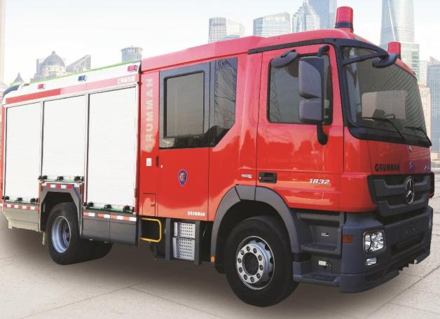 奔驰4.5T压缩空气泡沫消防车