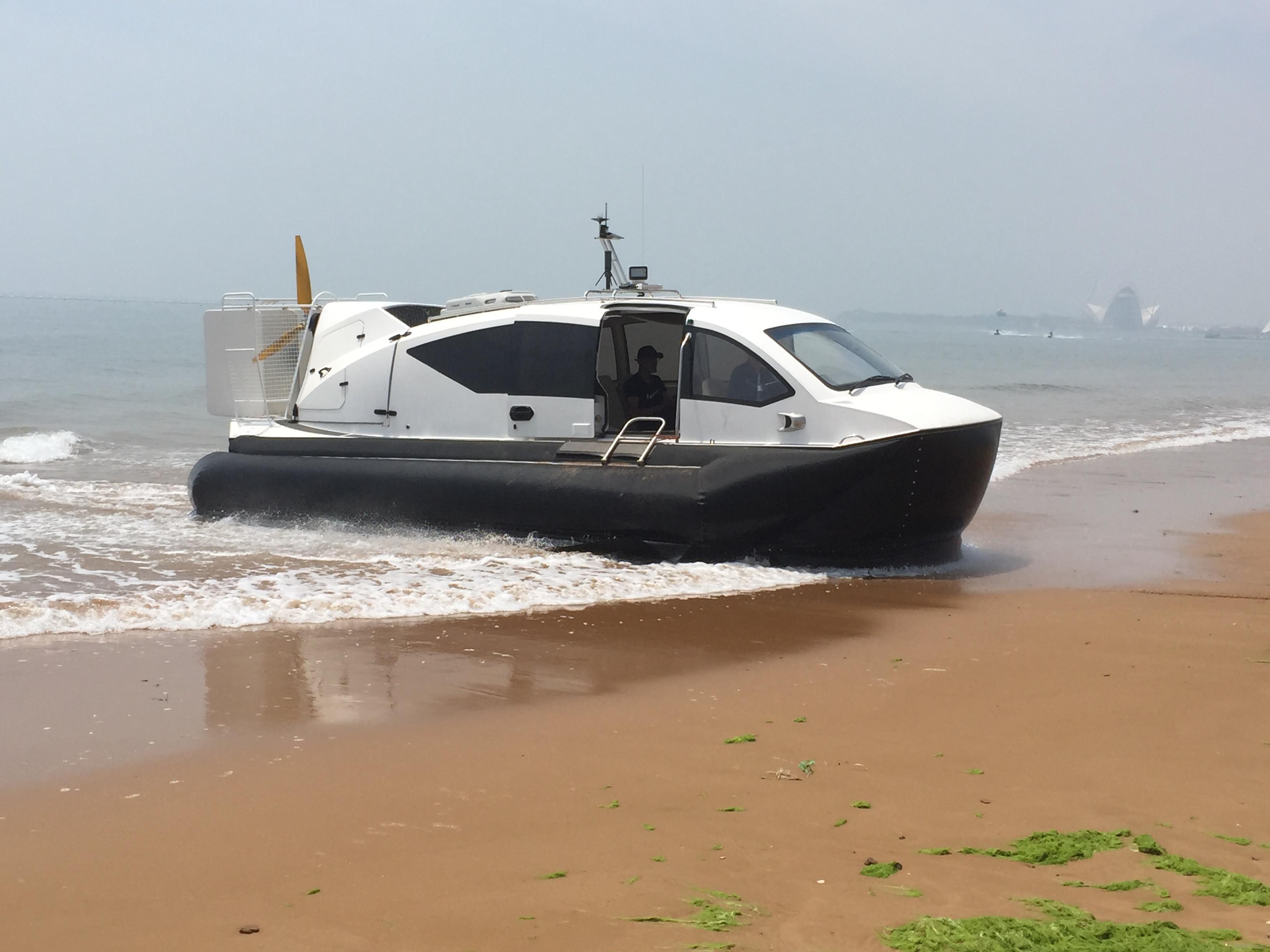 高性能气垫船
