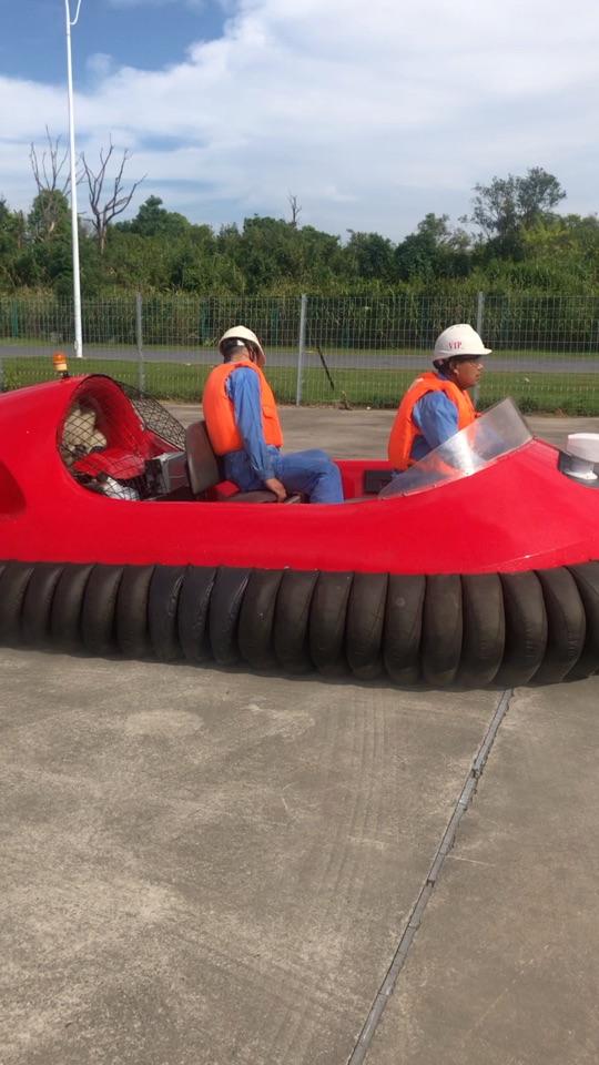 迅驰QDC-MiN全垫升气垫船